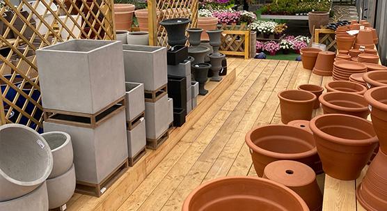 Pots et poteries - outils et accessoires du jardin
